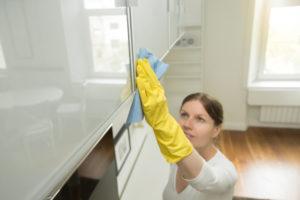 vårrengjøring på kjøkkenet