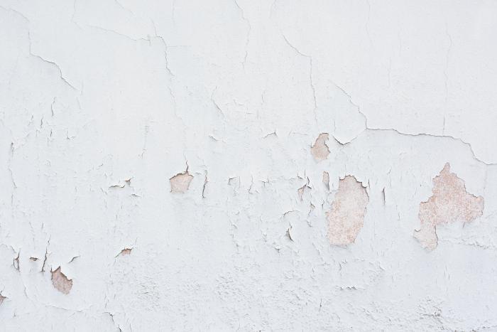 undersøk underlaget før du skal male veggene