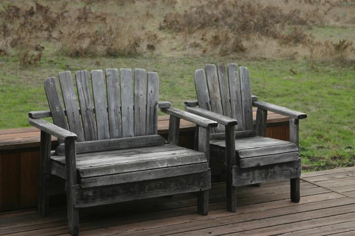 vedlikehold av møbler i tre