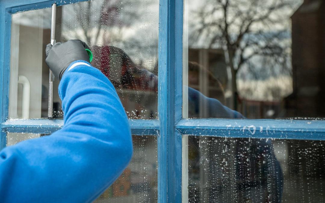 Hvordan vaske vinduer på best mulig måte
